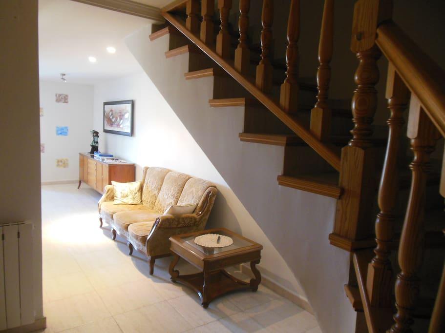 Квартира просторная 100 м2 и прохладная летом!