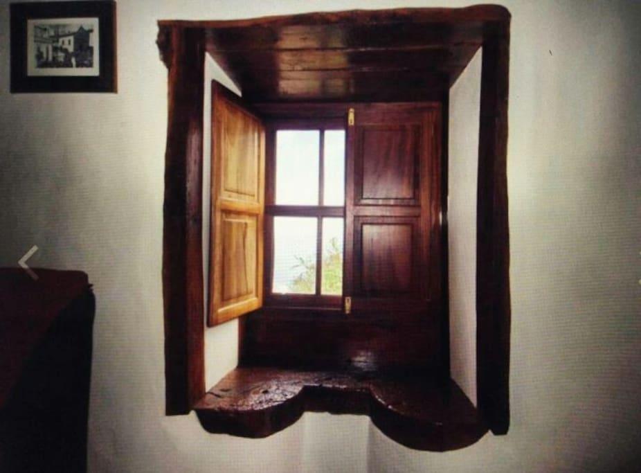 ventana de tea del salón