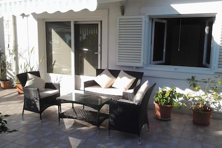 Orange Sunset Viganj Apartment - Apartment