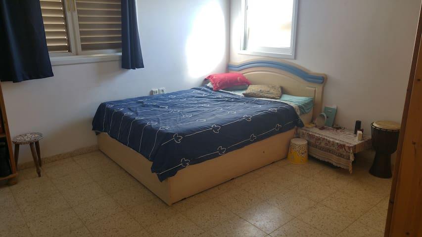 Cosy room in Hod Hasharon