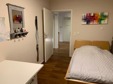 Zimmer Ingolstadt gute Busverb HBF, Stadt, Airbus