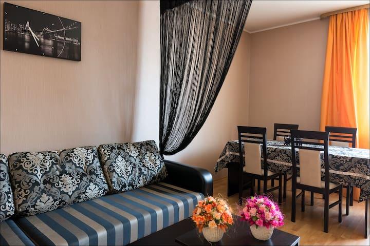 2 -ух комнатная квартира в коттедже - Minsk - Byt