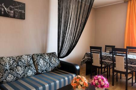 2 -ух комнатная квартира в коттедже - Minsk
