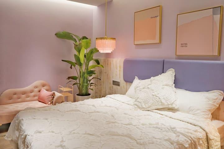 甜+ Sweet Plus黎黄陂路附近泰兴里老洋房特价大床房