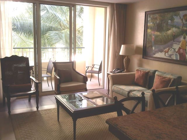 Luxury Beach Condo in Montego Bay - Badia de Montego - Pis