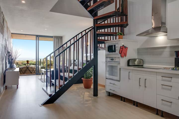 "Luxurious Holiday Apartment ""Apartamento Tocororo"" with Sea View, Terrace & Balcony"
