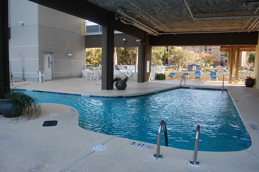 Outdoor (covered) pool