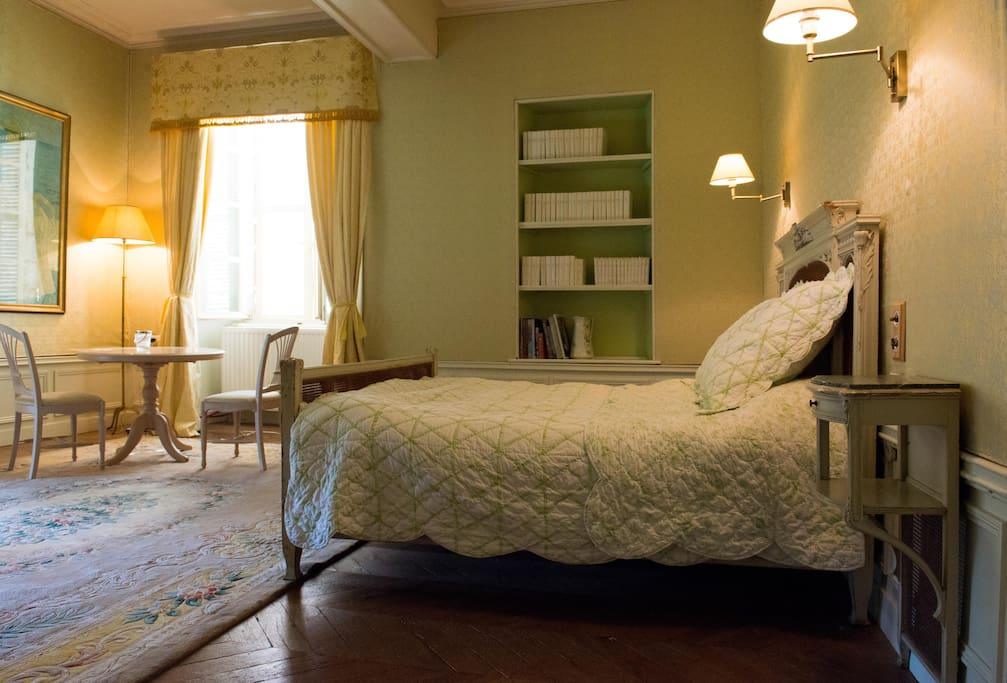 'Bonne Maman' bedroom