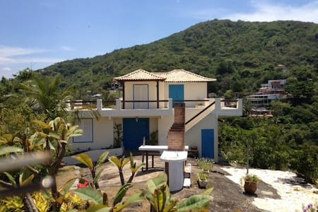 3 Suite House - awesome ocean view