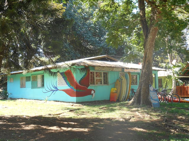 Clear River Hostel & Rentals. - Pavones - Dorm