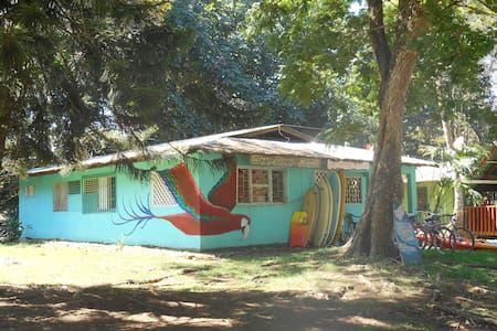 Clear River Hostel & Rentals. - Pavones
