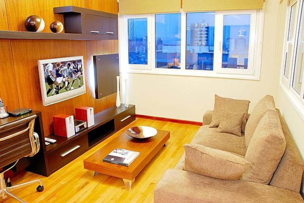 Ultra Luxury 2 Bed - 2 Bath - (AX1)
