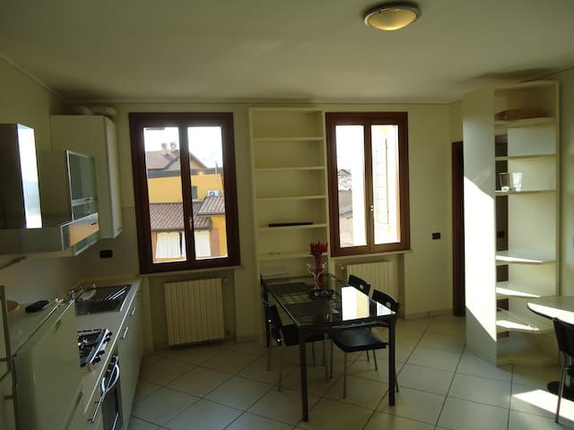 Apartment close to Lake Garda - Montichiari - Pis