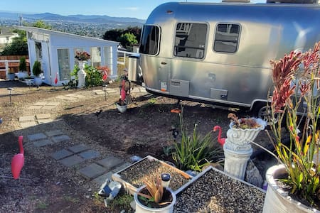 Airstream Get-a-way with great views