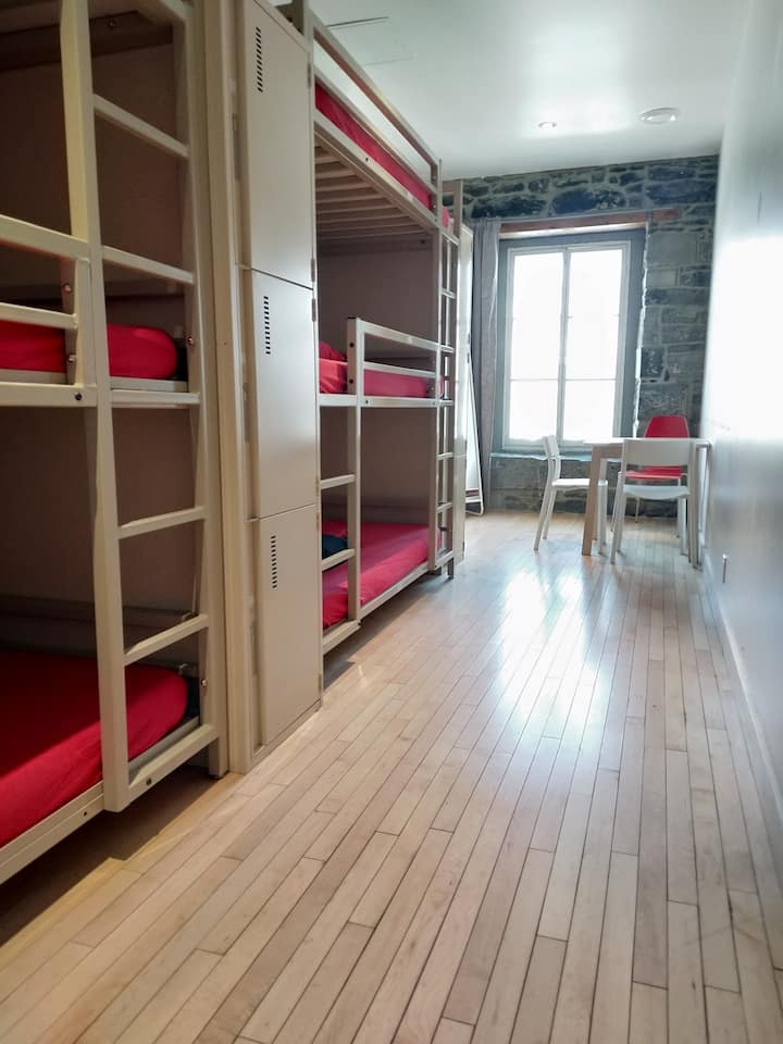 1 BED in 6 BED DORMITORY COMFORT+