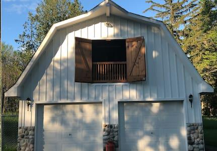 The Guide Post @ Fieldguide Farmhouse