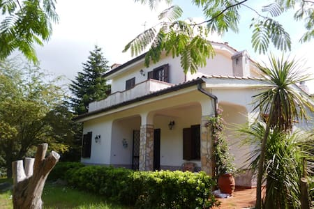 Villa Crilu - Itri - Villa