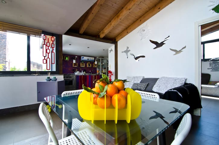 Your Creative apartment in Catania - Catania - Loft
