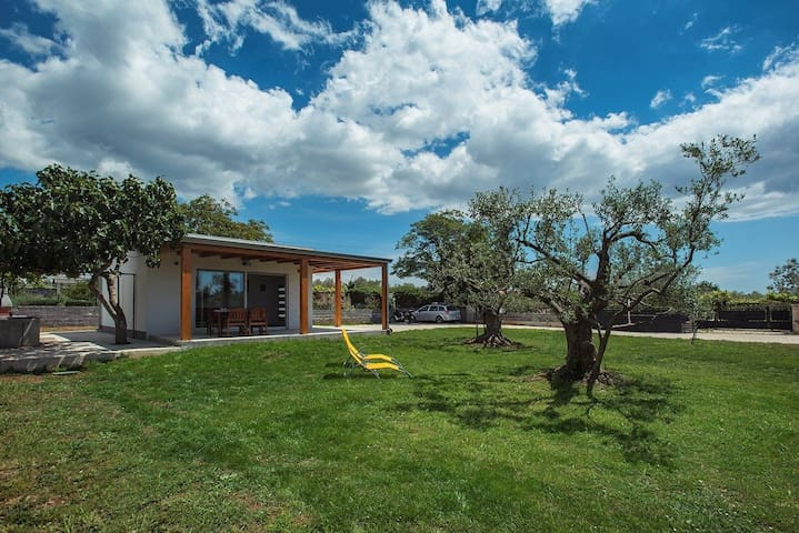 House Casetta Maria (73783-K1)