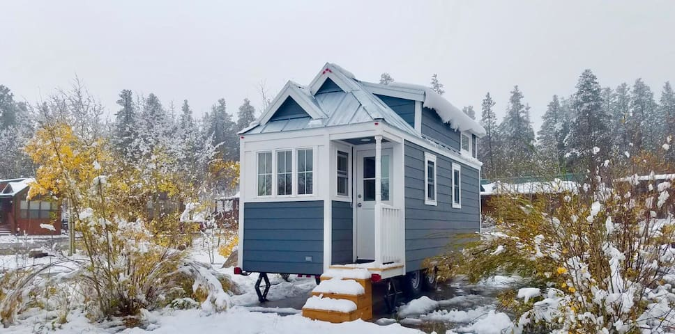 ☆ Amazing Tiny House ☆ Mountain Tiny Living Dream