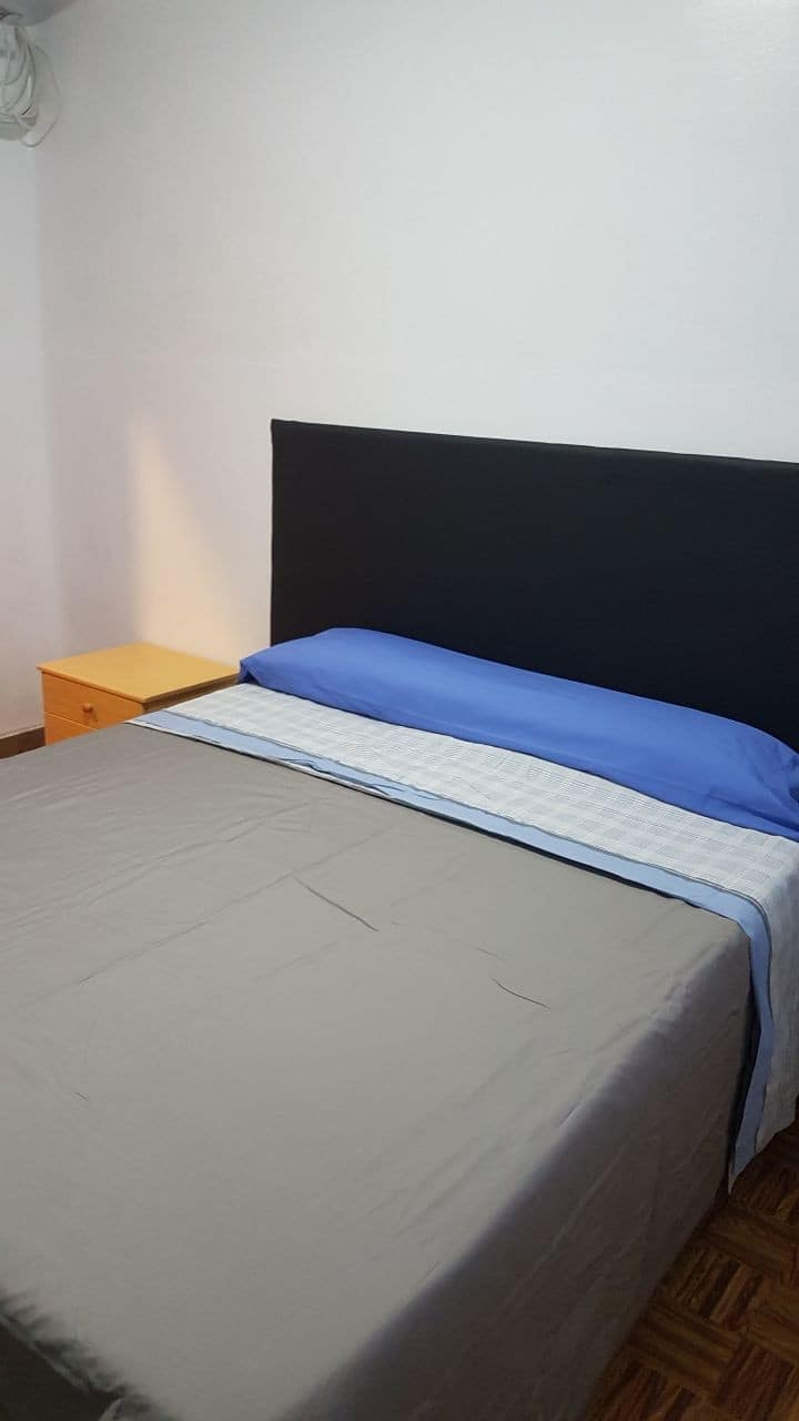 Tranquilo dormitorio Pontevedra