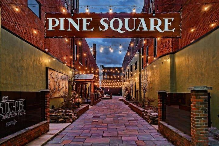 Pine Square Apts