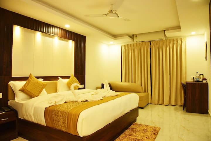 Golden Rooms 2Min Ride To Candolim Beach DFR