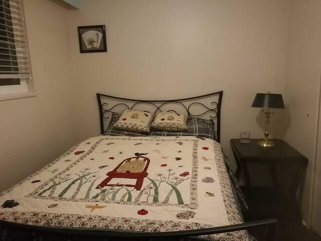 Cozy Clean  Convenient double bed