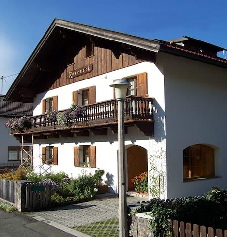 Ferienwohnung 3 für 2 Personen - Mittenwald - Wohnung