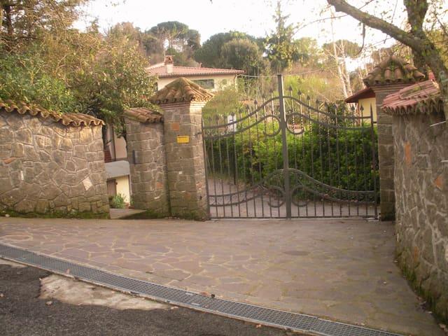 Roma villa castelli romani - Marino - House
