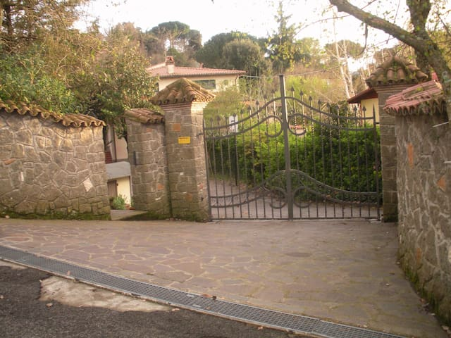 Roma villa castelli romani