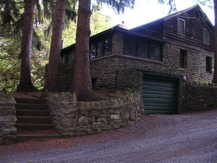 Stone and log Lodge built in the 1850's, sleeps 6 or more