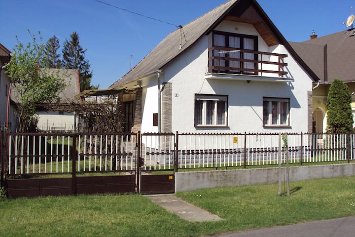 House for 6 persons in Balatonfenyves R55302