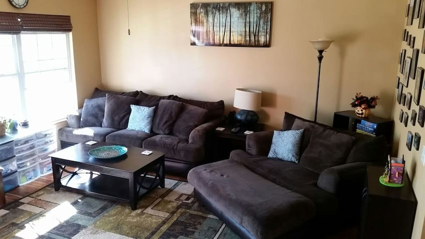 Beautiful 3 bed in great location - Omaha - Casa