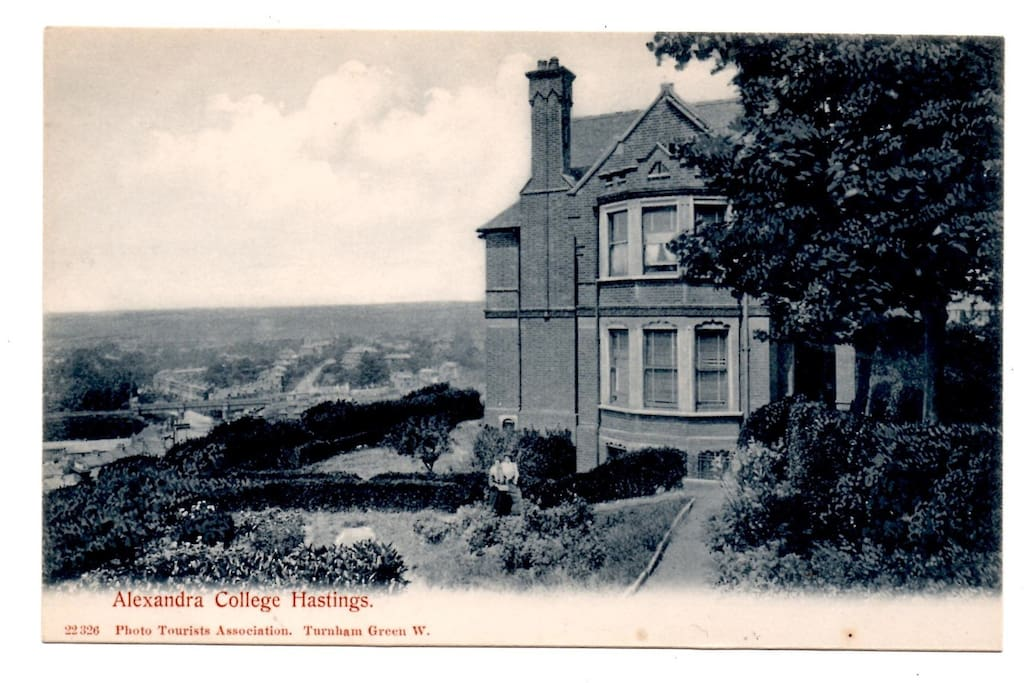 the Beacon as Alexandra Ladies College in 1905.