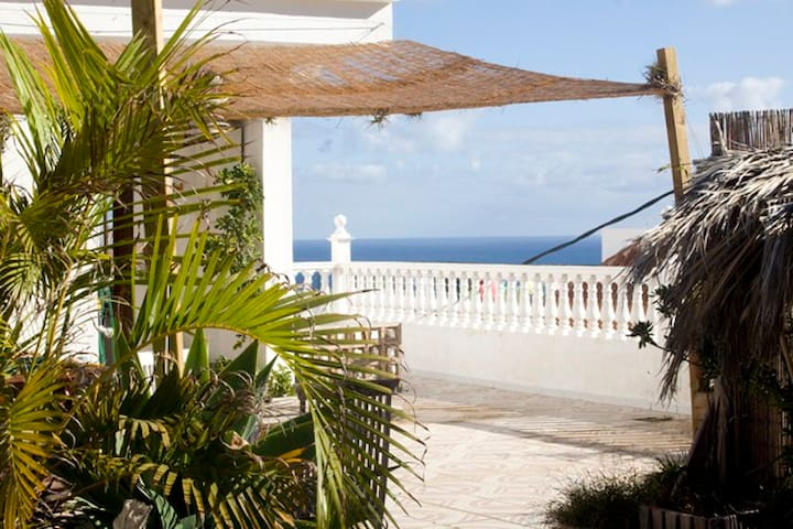 ROOM IN LOVELY OLD HOUSE WITH SEAVIEW - Los Realejos