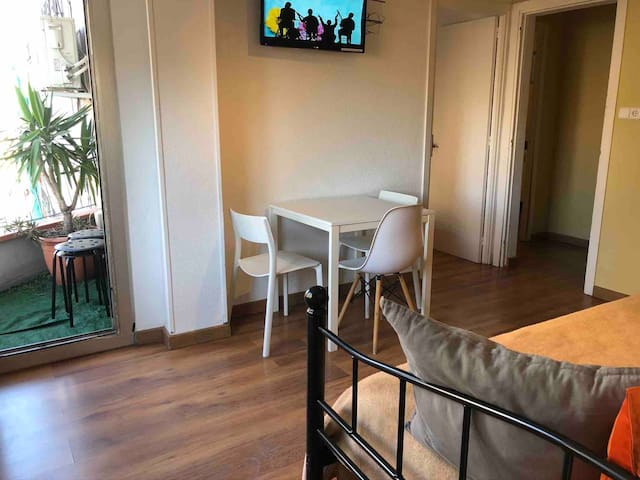 APARTMENT A FEW MINUTES FROM MWC,FIRA L'HOSPITALET