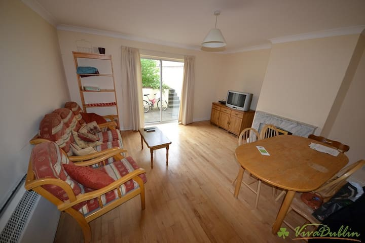 Entire home for a family or a group of friends! - Dublin - Huis