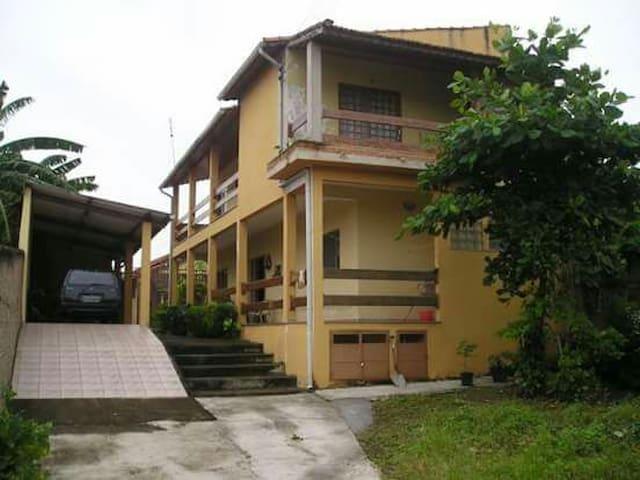 Casa para Canção Nova e Aparecida - Cachoeira Paulista - Huis