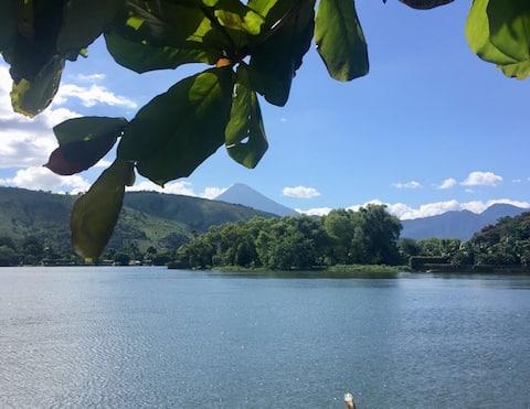 """Lake House """"el Colibri"""", Lago de Amatitlan"""
