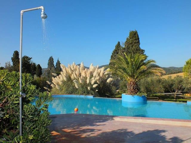 Agriturismo  piscina Pane&Vino 6 secondo piano