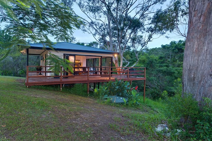 Sunset Cottage Byron Bay hinterland