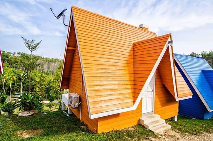 1 bedroom colorful house - Sa Khu - Casa
