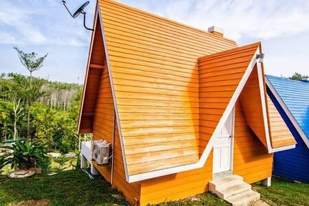 1 bedroom colorful house - Sa Khu