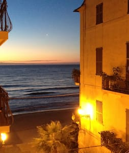 B&B  IN THE HEART OF ALASSIO - Alassio - Bed & Breakfast