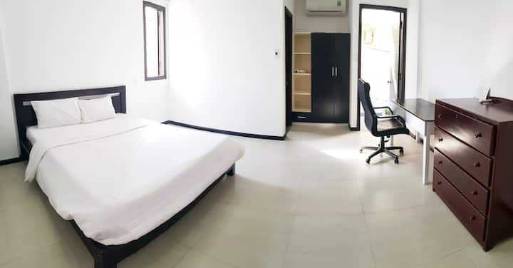 DANANG MILESTONE HOMESTAY-BIG ROOM-CITY CENTER#1