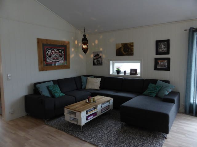 3 bedroom private new home. - Sogndal - Haus