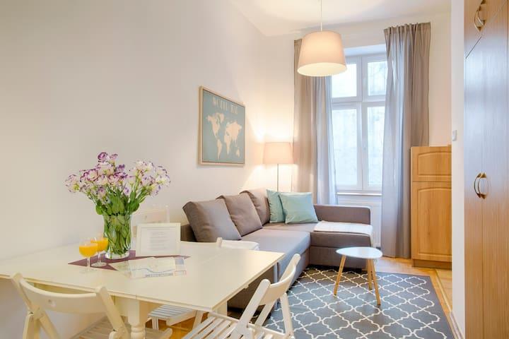 Comfy Apartment in Kazimierz for 6 by Tyzenhauz - Kraków - Apartament