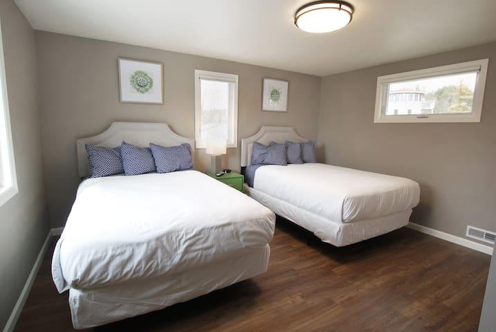 2nd floor bedroom:  2 double beds