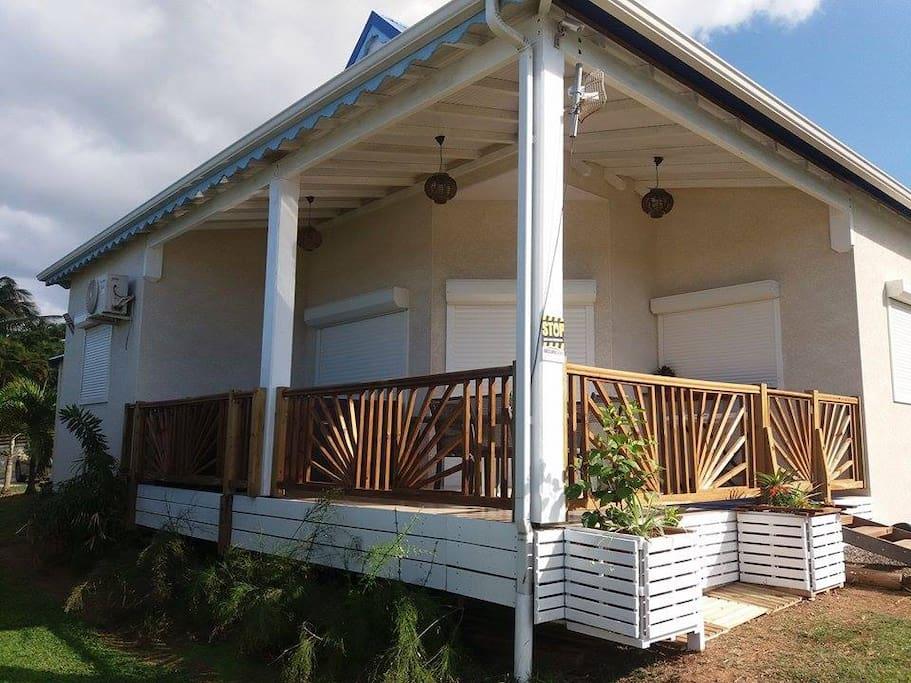 villa spa la perle karaib maisons louer deshaies. Black Bedroom Furniture Sets. Home Design Ideas